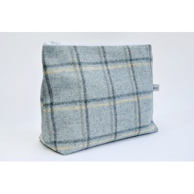 Green Abraham Moon nappy pouch